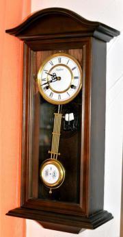 Uhr Federwerk/ Pendel/