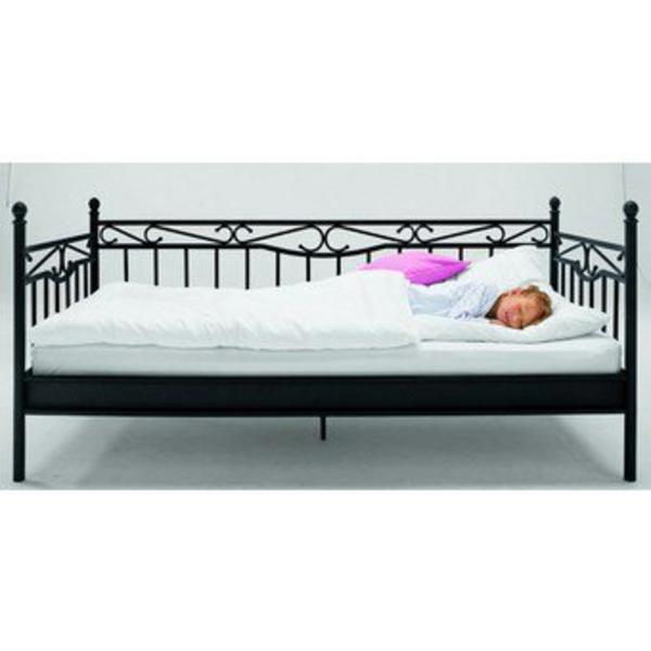 verkaufe sch nes bett in neckargem nd betten kaufen und verkaufen ber private kleinanzeigen. Black Bedroom Furniture Sets. Home Design Ideas