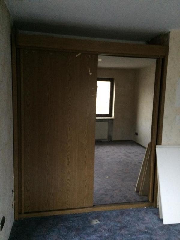 schiebe schrank kaufen gebraucht und g nstig. Black Bedroom Furniture Sets. Home Design Ideas
