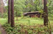 Waldhütte mit Stromanschluss
