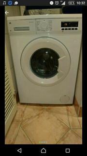 Waschmaschine fast neu