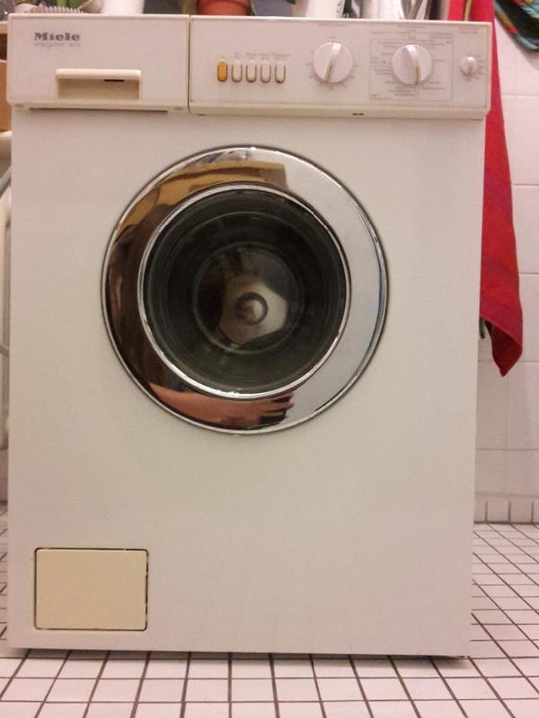 waschmaschine in m nchen waschmaschinen kaufen und. Black Bedroom Furniture Sets. Home Design Ideas