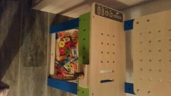 werkbank kinder kaufen gebraucht und g nstig. Black Bedroom Furniture Sets. Home Design Ideas
