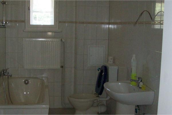 wohnung zu vekaufen in berlin vermietung 3 zimmer wohnungen kaufen und verkaufen ber private. Black Bedroom Furniture Sets. Home Design Ideas