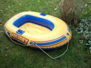 Zwei Kinder-Schlauchboote