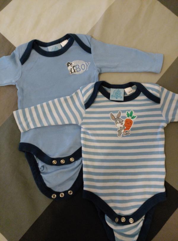 Gebraucht, 2 Baby Jungen Bodys Langarmbodys Grosse 50-56 gebraucht kaufen  69221 Dossenheim