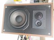 2 Lautsprecher- Boxen