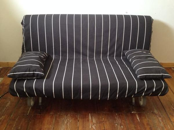 2er bettsofa schlafsofa ikea ps lovas schwarz mit wei e streifen in berlin ikea m bel kaufen. Black Bedroom Furniture Sets. Home Design Ideas