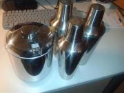 3 x Shaker
