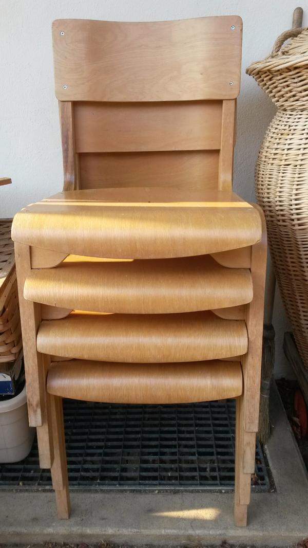 4 Alte Stühle » Biete Kostenlos