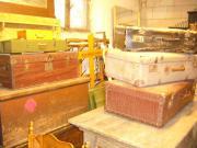 Alte Koffer und alte Truhen