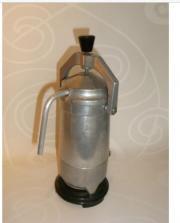 Alter Ungarischer elektrischer Espresso Kaffee-Kocher