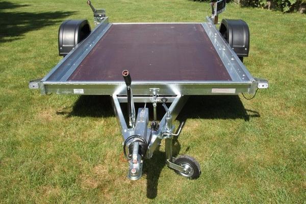 anh nger plattform 1300 kg kleinwagen motorr der quad. Black Bedroom Furniture Sets. Home Design Ideas