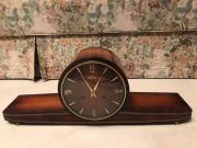 Antike Buffet Uhr