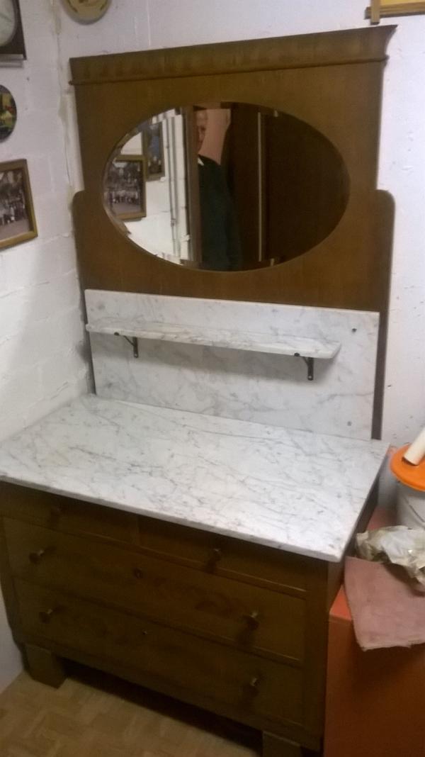 antiker waschtisch aus den 30er jahren spiegel marmor holz in stuttgart sonstige m bel. Black Bedroom Furniture Sets. Home Design Ideas