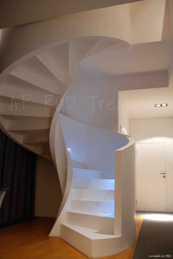au entreppe wendeltreppe spindeltreppe beton treppe aus bl hton fertigteilen in berlin. Black Bedroom Furniture Sets. Home Design Ideas