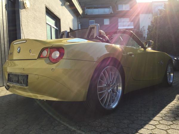 BMW Z4 - Groß-umstadt Heubach - BMW, Z4, Cabrio, Benzin, 141 kW, 153800 km, EZ 06/2005, Automatik, Gelb Metallic. Hallo BMW Z4 Fans und alle die es noch werden wollen. Hier bekommt ihr eine unglaubliche Möglichkeit einen Z4 2,5 i Roadster mit einer sehr sauberen - Groß-umstadt Heubach