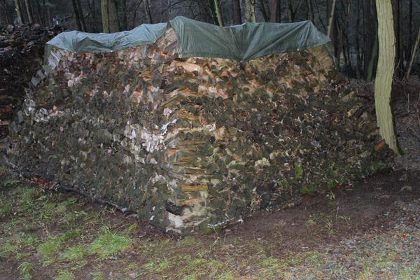 Brennholz-Haufen 22 Raummeter gemischt 20-25cm