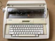 Brother -elektronische Speicherschreibmaschine mit Tragegriff