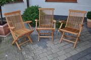 edle Holz-Gartenstühle
