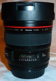 EF 14mm 1: