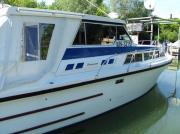 ein motorboot