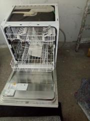 Einbau-Geschirr-Spülmaschine