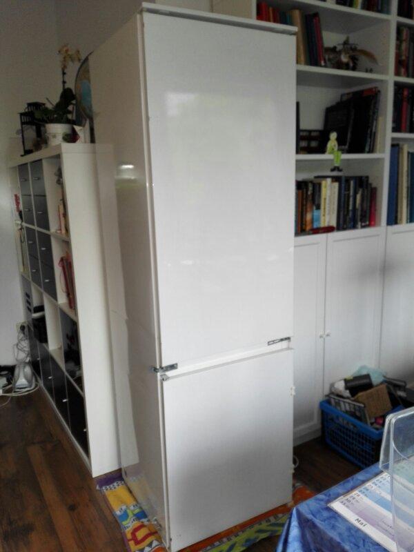 Nett Kühlschrank Glastür Gebraucht Bilder - Schlafzimmer Ideen ...