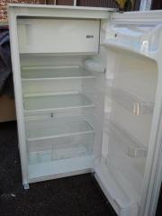 Einbaukühlschrank Progress AEG mit Gefrierfach