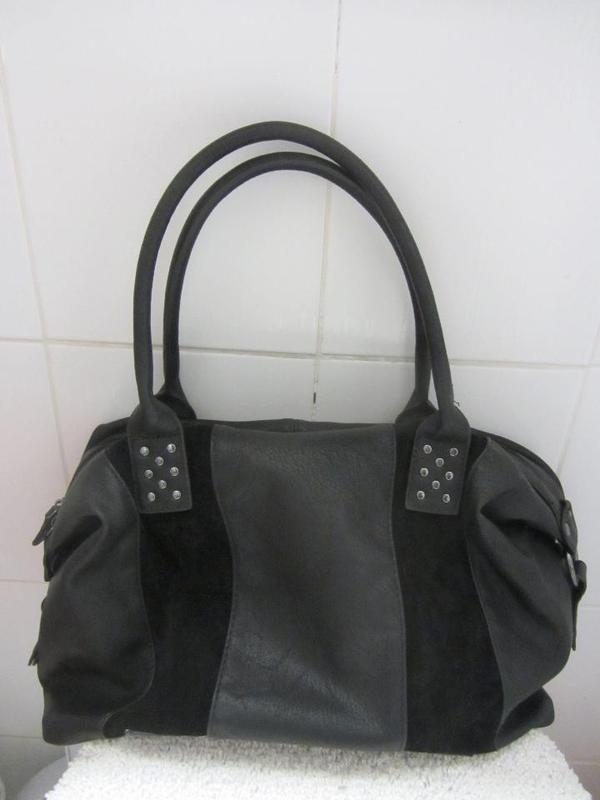 Elegante Handtasche - Bowling Bag - absolut