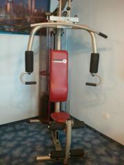 Fitnessstation / Hantelbank