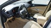 Ford Mondeo Ghia,