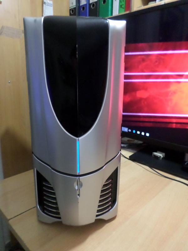 Gaming PC Phenom II x4-2, 80GHZ, 8GB, GTX 550 Ti-1GB, 1-TB HDD, Win10Pro - Wuppertal Elberfeld - Gaming PC Phenom II x 4 (920 )-4x 2,80GHZ, Mainboard Gigabyte GA-M720-US3, Chip nForce 740A, 8 GB DDR 2 Ram,1000 GB Festplatte- 7200Prm ),NVidia GeForce GTX 550 Ti ( 1 GB ) HDMI / DVI / VGA, 8 USB, DVD/RW, Kartenläser, GB Lan, Netzt - Wuppertal Elberfeld