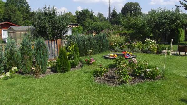 Garten ca 300qm mit massiven bungalow in werdau for 300 qm garten gestalten