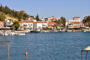 Griechenland: Mehrfamilienhaus in