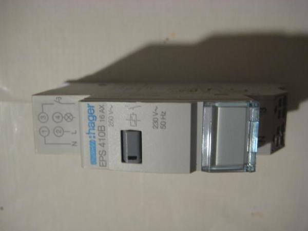 Hager EPS410B Relaisschalter » Sonstige Hardware, Zubehör