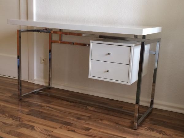 b rom bel wei chrom. Black Bedroom Furniture Sets. Home Design Ideas