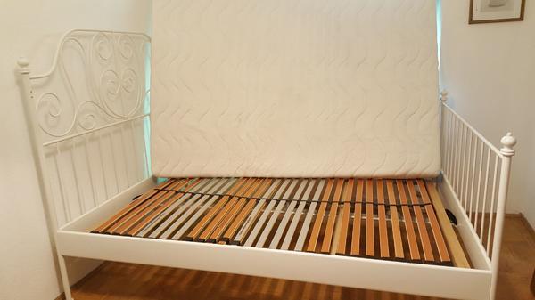 ikea bett wei metall leirvik. Black Bedroom Furniture Sets. Home Design Ideas