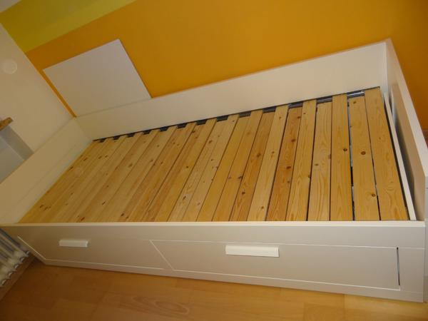 ikea brimnes bett schubladen ikea brimnes bett gebraucht. Black Bedroom Furniture Sets. Home Design Ideas