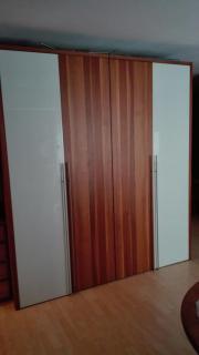 IKEA SCHRANK HOCHGLANZ