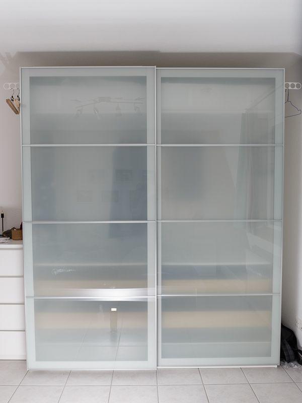 ikea pax kleiderschrank m nchen gebraucht kaufen nur 3 st bis 70 g nstiger. Black Bedroom Furniture Sets. Home Design Ideas
