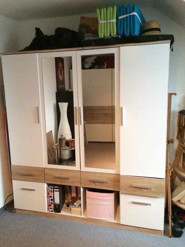 kleiderschrank spiegelt ren neu und gebraucht kaufen bei. Black Bedroom Furniture Sets. Home Design Ideas