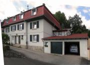 Kleinstadt-Villa in