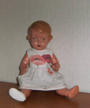 Kopflose Zelluloid-Puppe