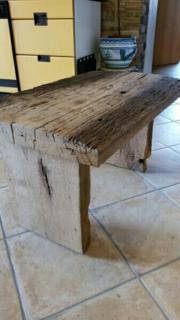 Kouch Tisch aus