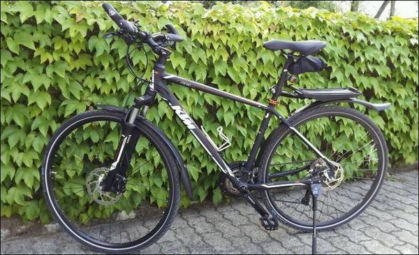 ktm itero cross bike fahrrad 39 2014 39 neuwertig in neustadt. Black Bedroom Furniture Sets. Home Design Ideas