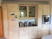 Küche mit Backofen,