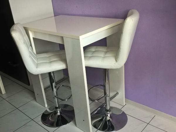 tisch barhocker neu und gebraucht kaufen bei. Black Bedroom Furniture Sets. Home Design Ideas