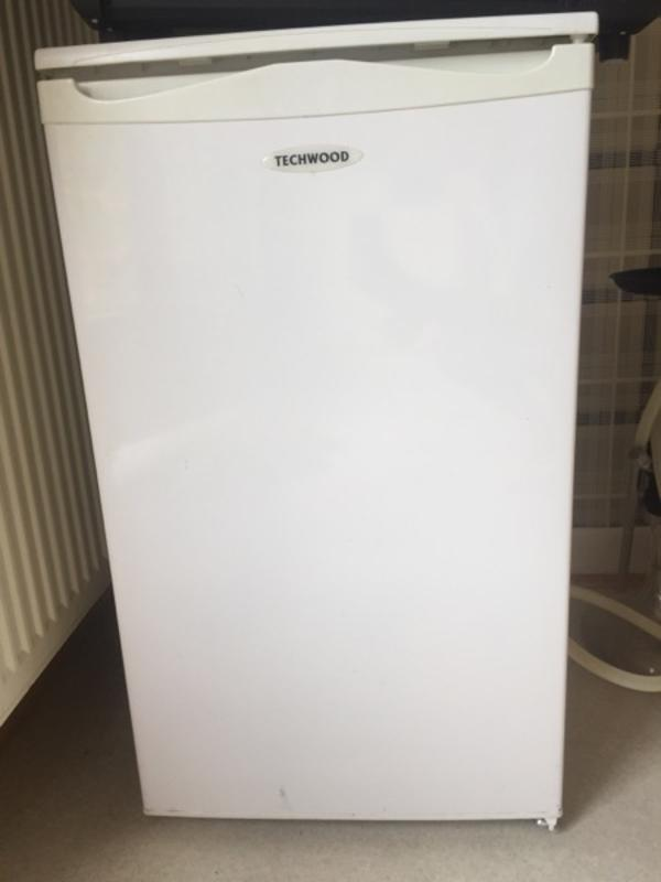Ziemlich Kühlschrank Gebraucht Galerie - Die Kinderzimmer Design ...