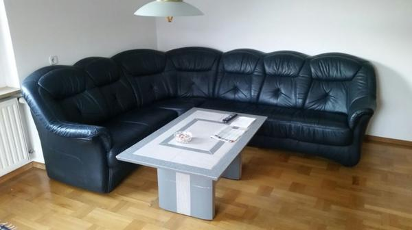 ledercouch mit beistelltisch in feldkirch polster sessel couch kaufen und verkaufen ber. Black Bedroom Furniture Sets. Home Design Ideas